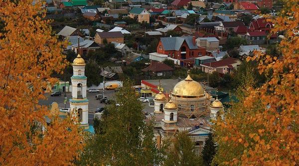 Бывшее село Большая Царевщина называется сейчас поселком Волжским.